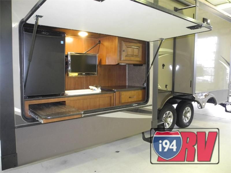 fifth wheel campers with bunkhouse and outdoor kitchen small table plans heartland gateway | awesome ...