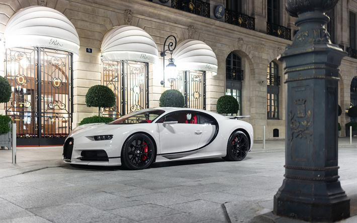 Download Wallpapers Bugatti Chiron 2018 White Hypercar New White Chiron Tuning Black Wheels Supercar Bugatti Besthqwallpapers Com Bugatti Chiron Bugatti Super Cars