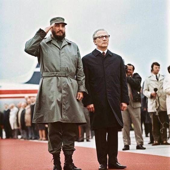 Resultado de imagen de Fidel Castro  Honecker