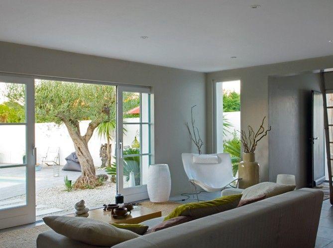Un salon zen / A zen livingroom : http://www.maison-deco.com/salon ...