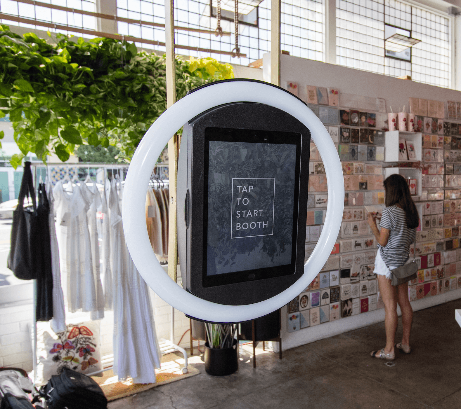 Retail photo booth, selfie wall and selfie station