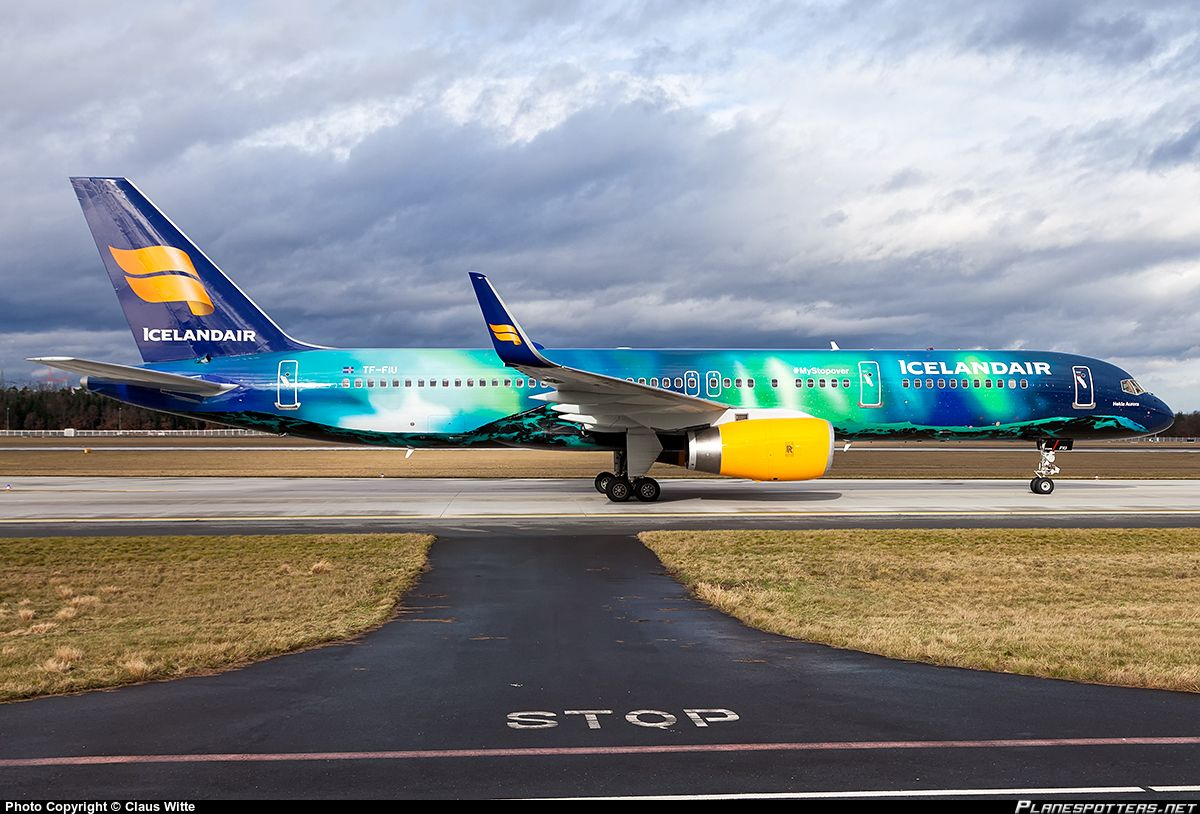 Icelandair Boeing 757 200 Registered Tf Fiu Named Hekla Aurora In The Aurora Borealis Livery Aviation Airplane Iceland Air Boeing