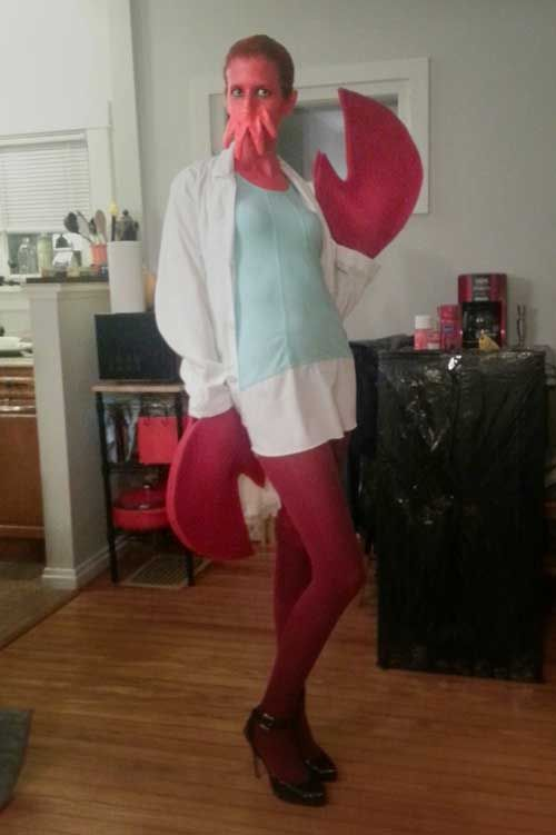 Lots of GREAT costumes! Zoidberg, a Sim, an awesome Scar from Lion - homemade halloween costume ideas for women