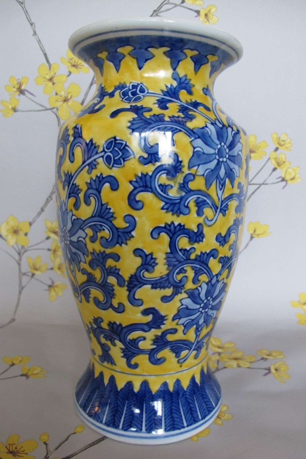 Tall 11 vintage oriental chinese pottery yellow blue hand tall 11 vintage oriental chinese pottery yellow blue hand painted vase urn reviewsmspy