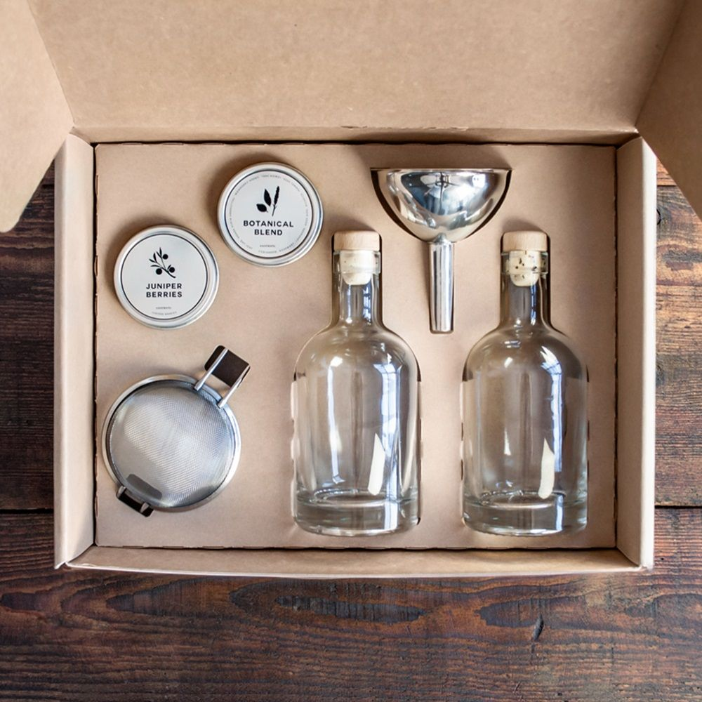 Cool Gifts For Guys The Homemade Gin Kit Discovered By Grommet In 36 Hours Makes A Perfect Weekend Diy Project