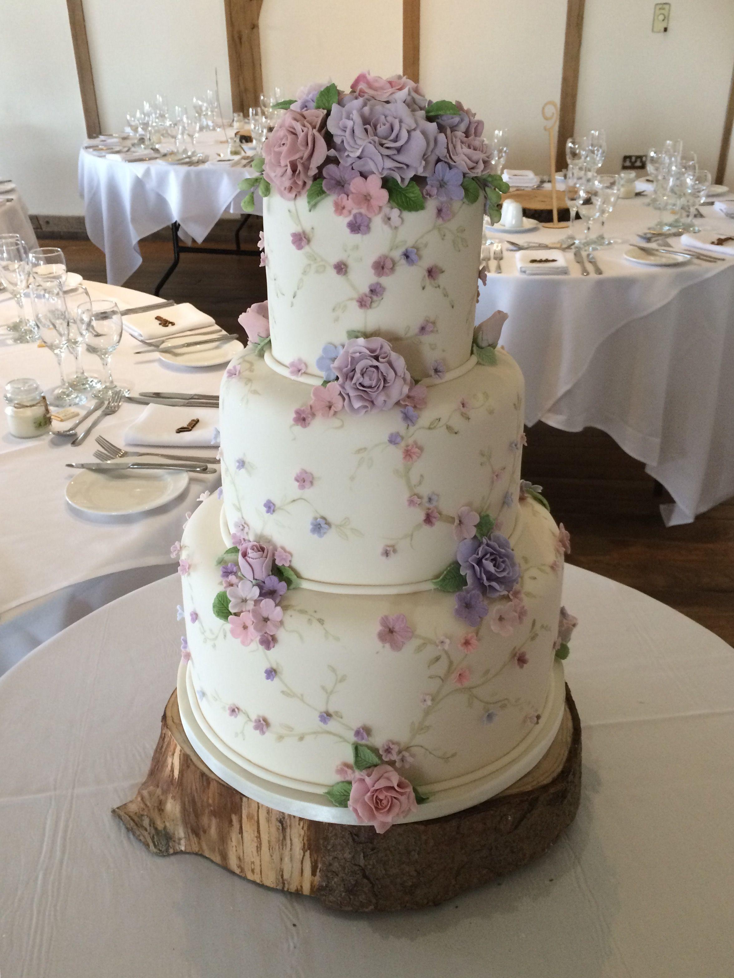 Vintage Style Wedding Cake Weddingcakes Kuchen