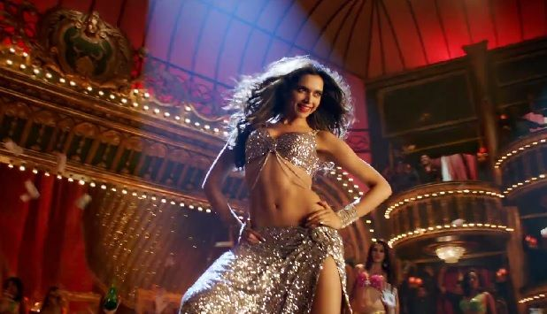 Hot Deepika Padukone In Lovely Song From Hny Movie Happy New Year Movie New Years Song Happy New Year Song