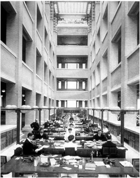 Chapter 22 Modern Forerunners Interior Design Central Atrium Larkin Building 1903 1906