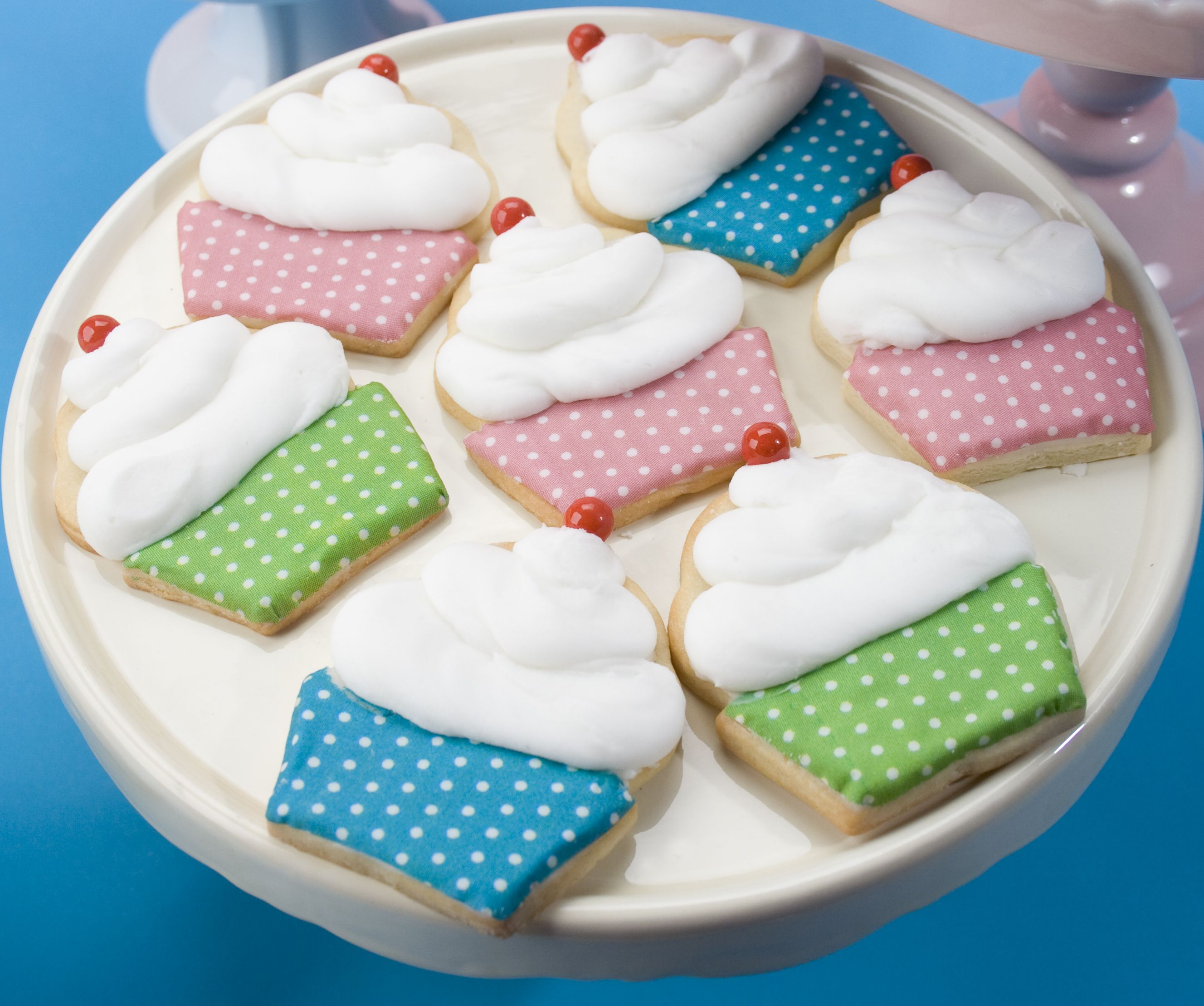 Cookie decorating party ideas - Cupcake Birthday Party Theme