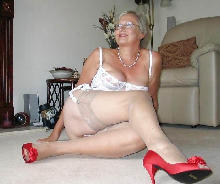 Granny porn amateur sex