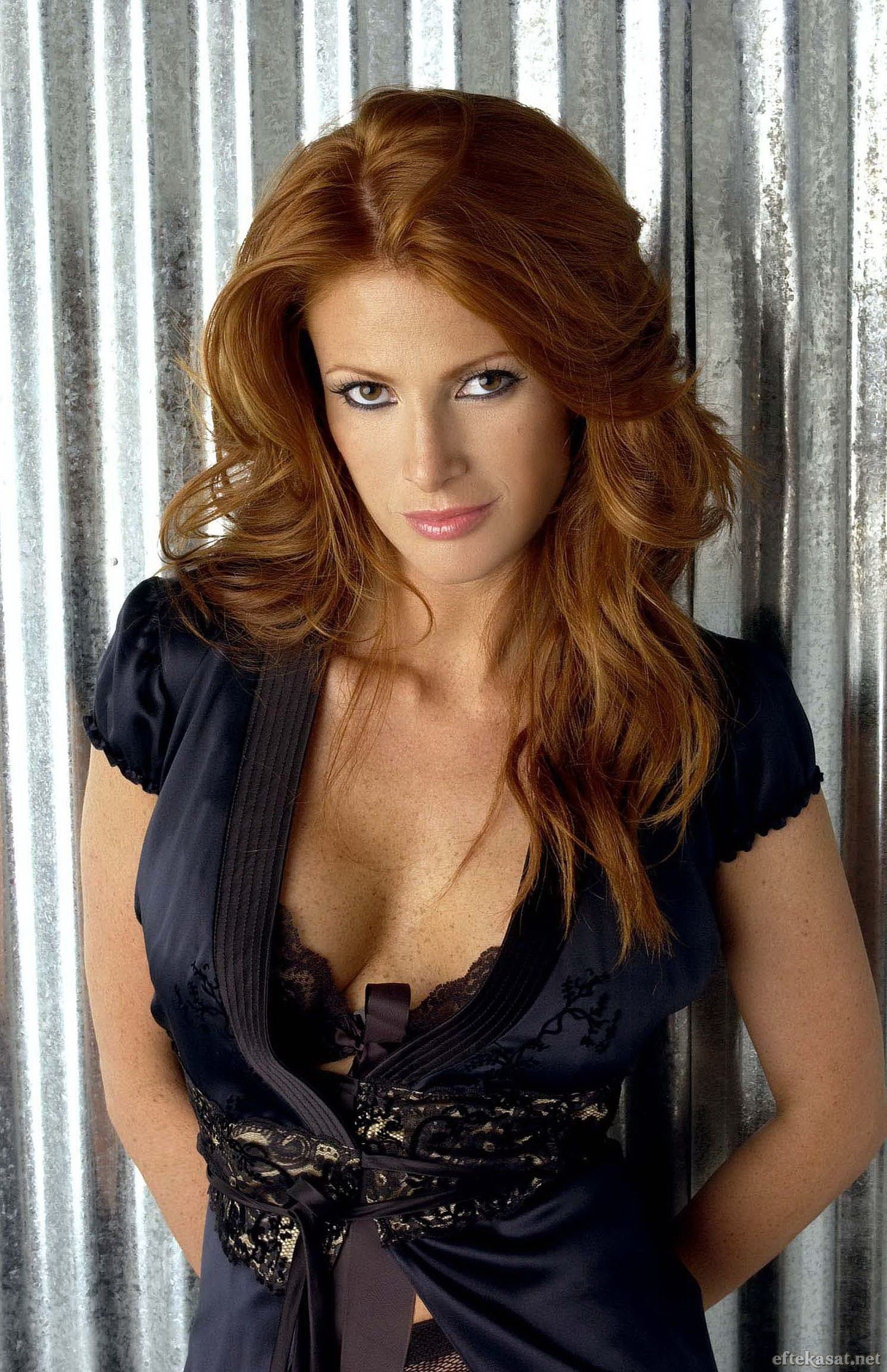 Angie everhart redhead