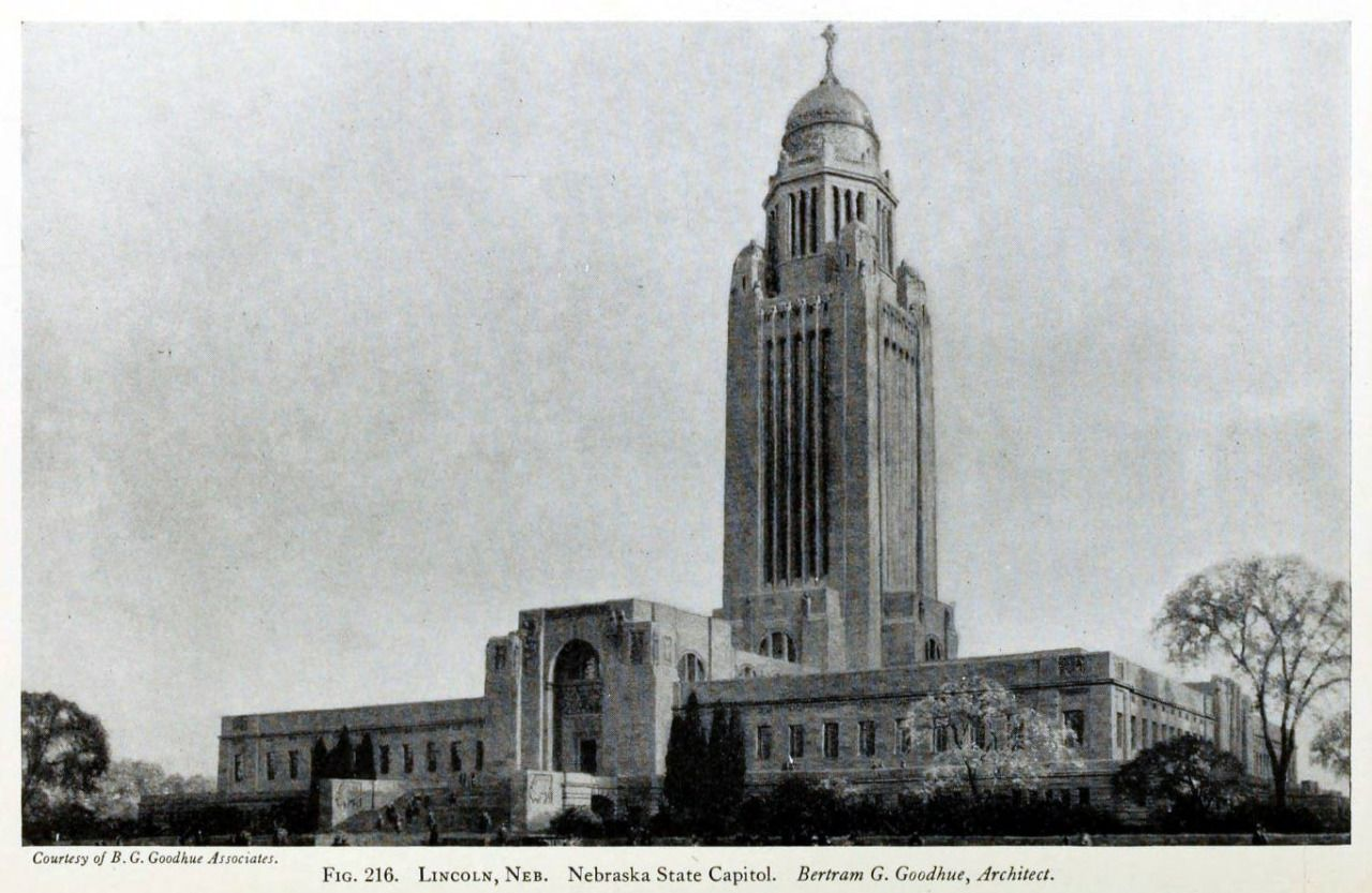 The Nebraska State Capitol Building, Lincoln Capitol