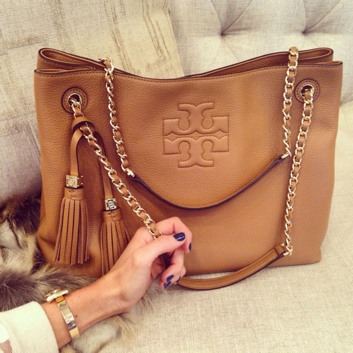 Tory Burch Thea Shoulder Tote A Need For The Collection More