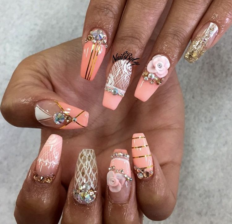 PEACH, gold and white nail art design with hand done acrylic roses - A1e75acedfc7d3de8d8af48b9e1e841c.jpg 750×725 Pixels Hair And