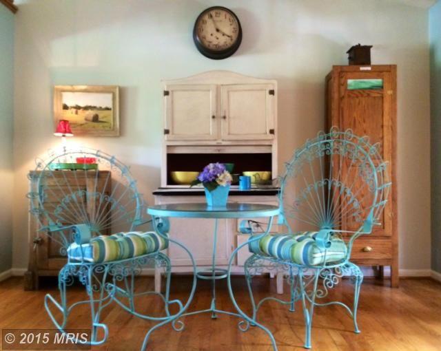 192 Scarlet Oak Dr Martinsburg Wv 25405 Mls Be8642697 Estately Costal Living Estate Homes Oak