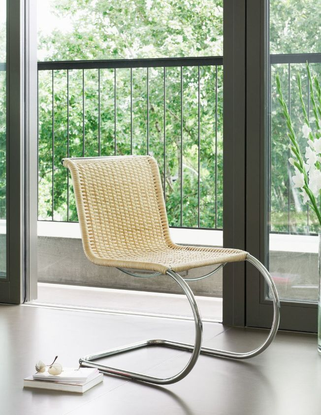 Thonet Chaise En Osier Tres Confortable Ideale Dans Un Salon