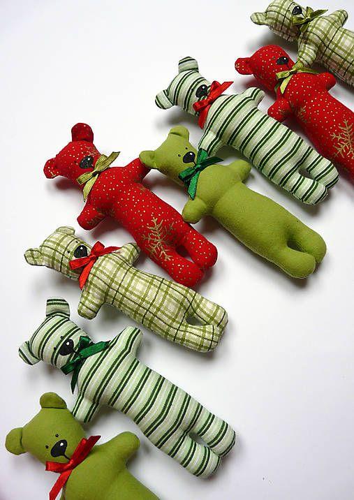 Vianoční medvedíci
