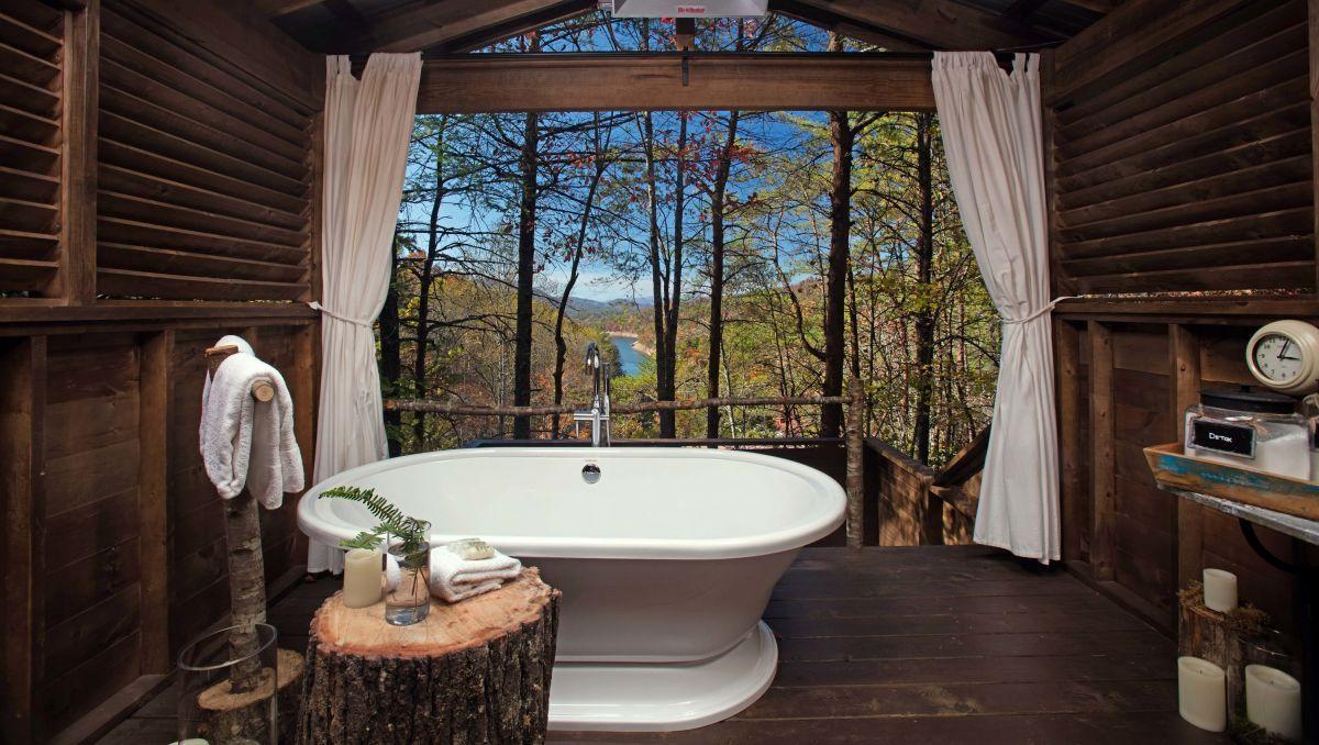 8 Unique Romantic Experiences in North Carolina | VisitNC ...