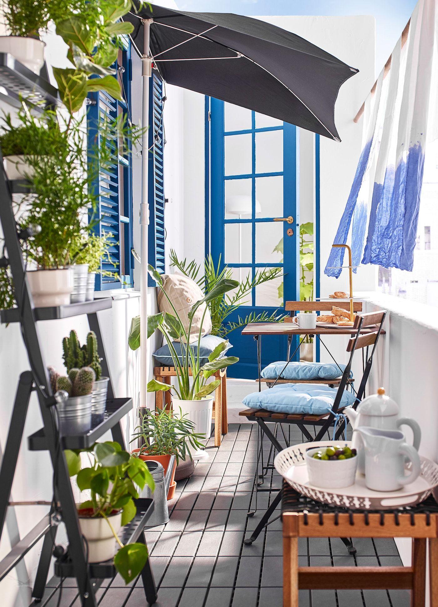 Un Exterieur Prive Pour Vous Et Quelques Autres Balkon Dekor Sonnenschirm Draussenzimmer