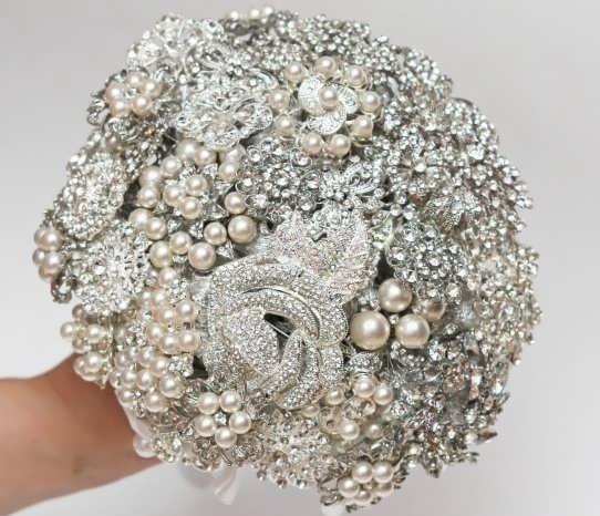 چگونه دسته گل عروسی منحصر به فرد انتخاب کنیم ؟ Diy