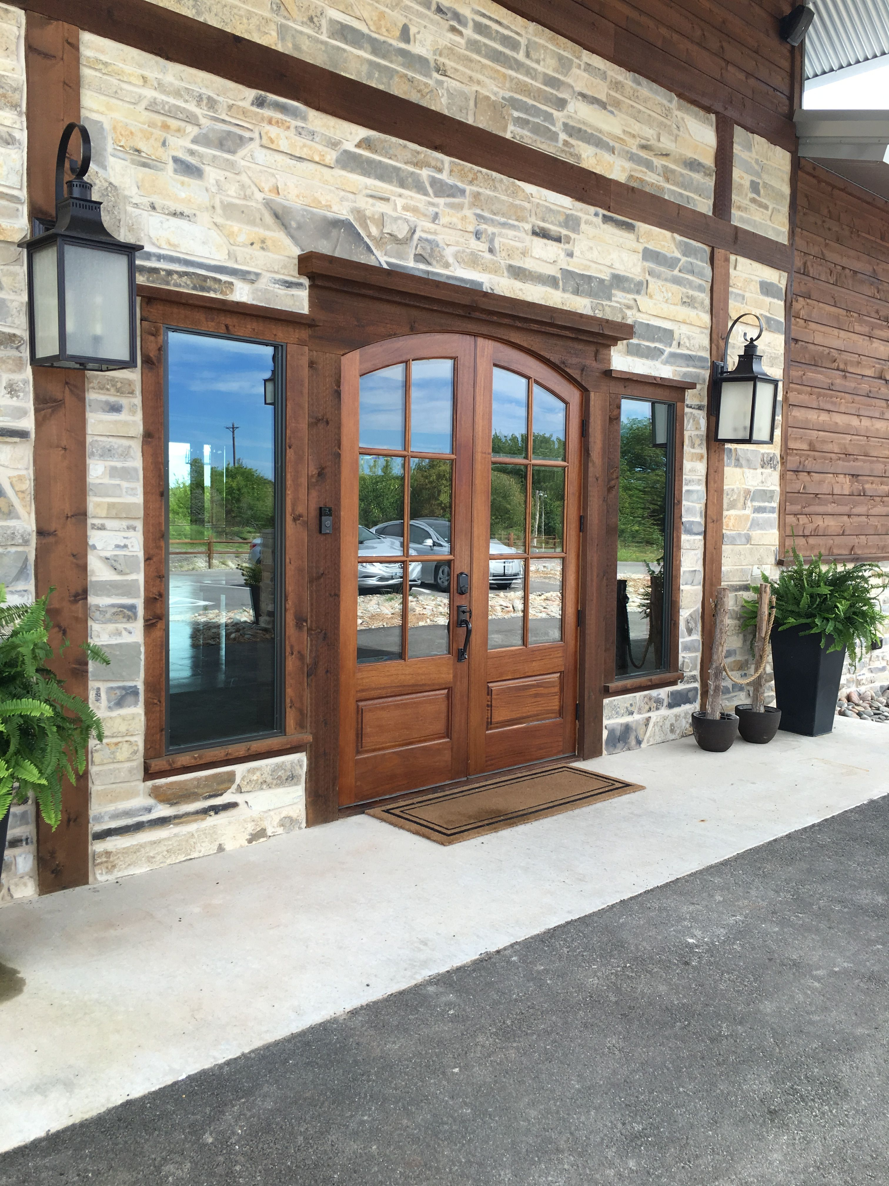Stone Crest Venue in McKinney Texas Rustic