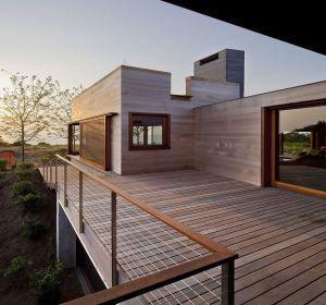 garde corps terrasse et balcon prix et infos pour bien choisir patio swimming pool balcony. Black Bedroom Furniture Sets. Home Design Ideas