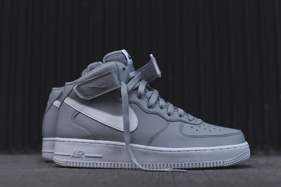 Men's Nike Air Force 1 Low 07 Medium Grey White Sneakers : S85c6408