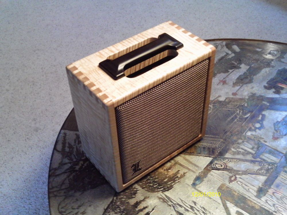 1x12 Or 1x10 Custom Guitar Speaker Cabinet