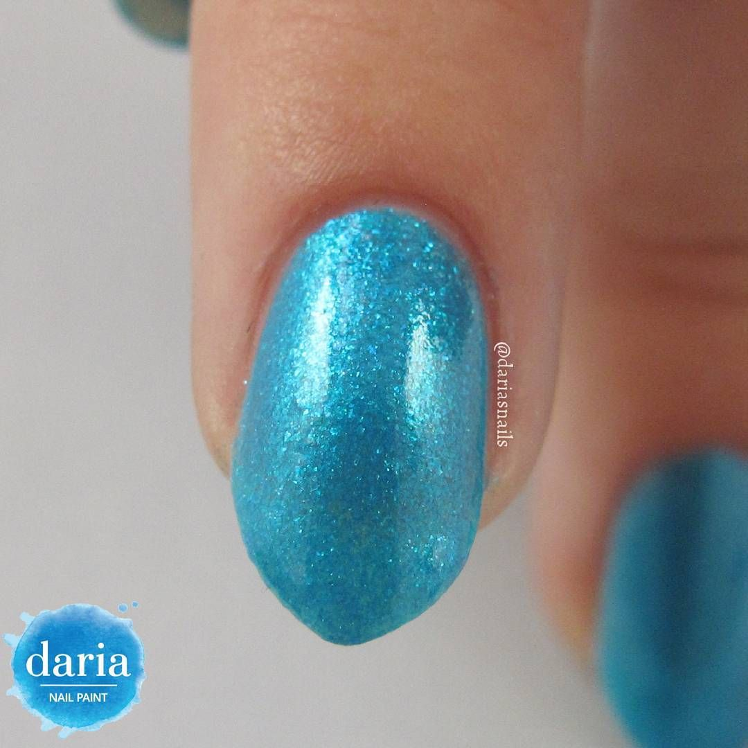 A very close look on this polish.
