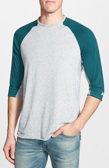 Men s Nike  SB Skyline  Dri-FIT Three Quarter Sleeve T-Shirt ... b2abf43ae