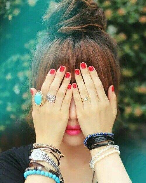 Pin By Mughal Ssadshah On Girl S Dpzz Girl Hiding Face Cute Girl Poses Stylish Girl