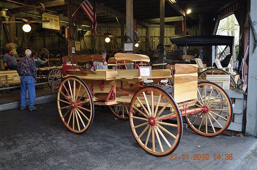 Wagon shop Dollywood Pigeon Forge, tN