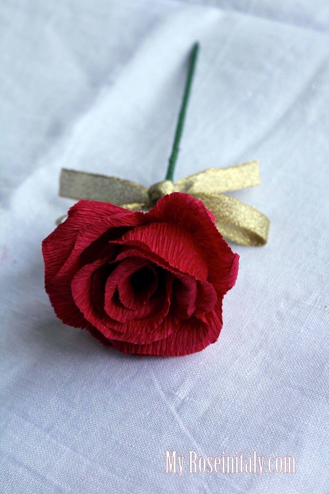 Rose Fai Da Te rose di carta crespa nel 2020 | fiori di carta fai da te
