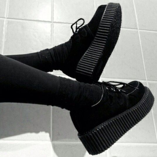 super popular be011 0687a Skor Klackar, Plattform Sneakers, Gotharmode, Grungemode, Svarta Kläder,  Emomode, Creepers