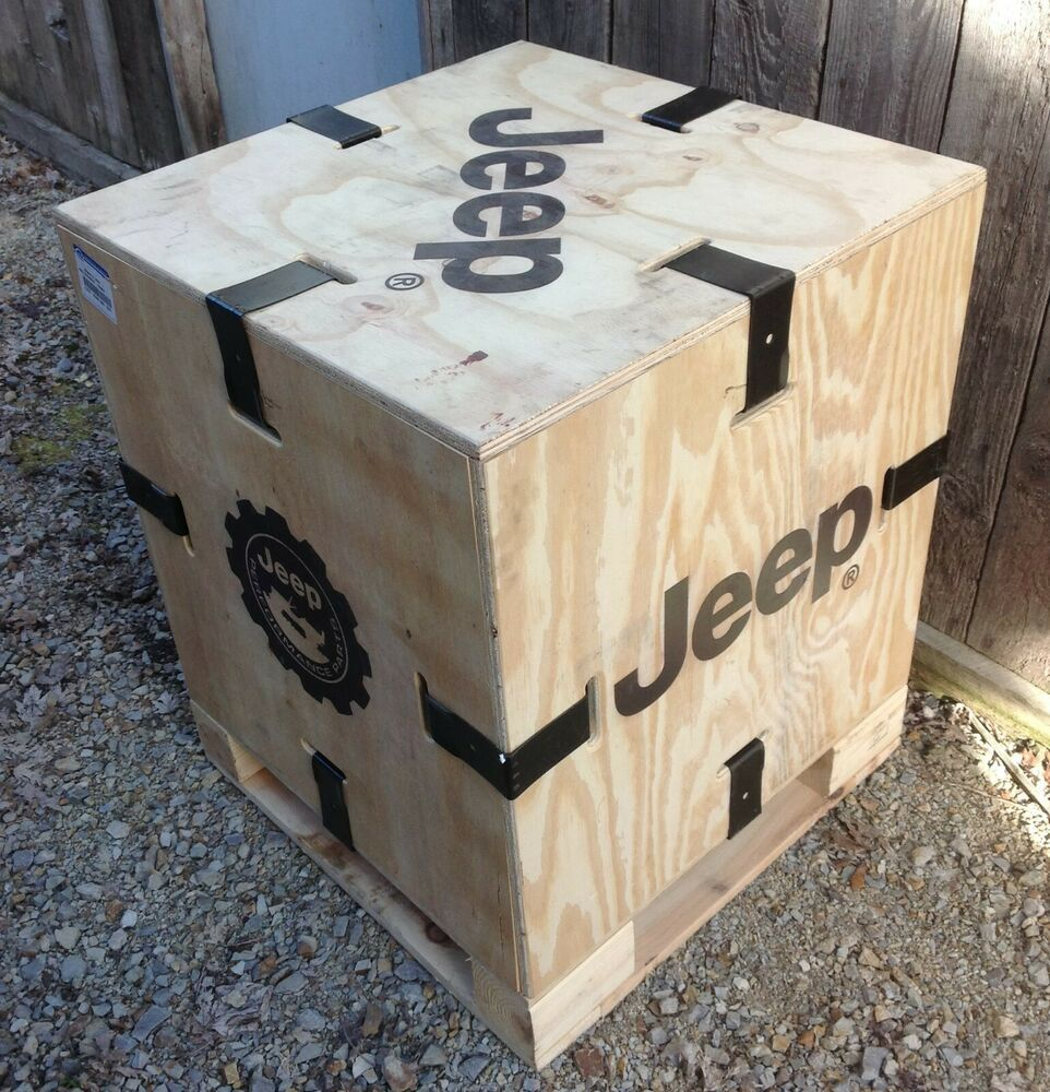 Jeep Parts Box 29 X 23 3 4 Square Jeep Oem Wooden Wood Crate Man