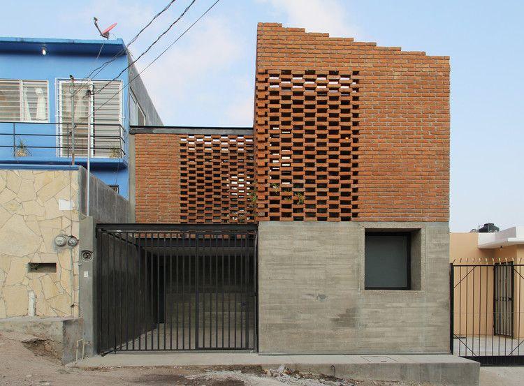 Tadeo House Apaloosa Estudio De Arquitectura Y Diseno TiefgarageZiegelsteineVinothekHaus ArchitekturEntwurfModerne