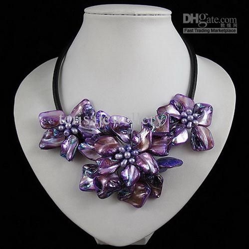 Beautiful flower necklace shell made with fresh water pearl necklace free shipping 10pcs/lot A1905