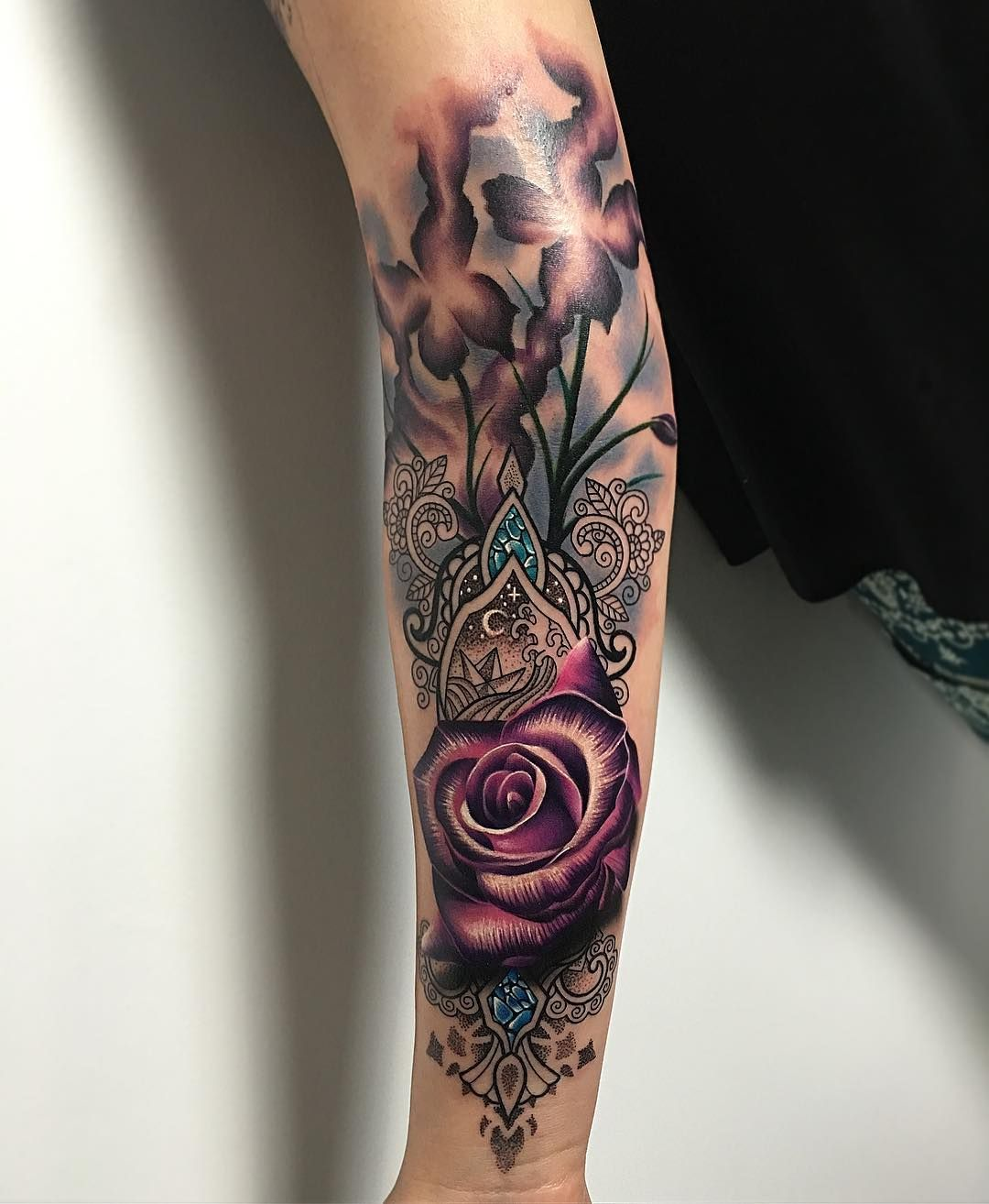 82cd52fe713a6 Tattoo art by RyanSmith Tattooist | Ink | Tattoos, Flower tattoos ...