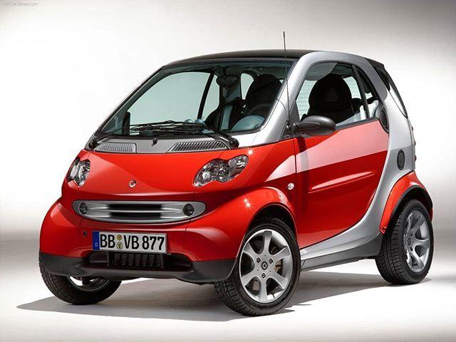 Smart Fortwo   #smartcar #red #silver #coupe #city #citycoupe #smartcitycoupe #smartdiesel #smartcar #smartdesign #facelift #smartfortwo #furry #fashioncar #mercedes #engine #smart450 #despresmarturi #design #technology #small #smallcar #car #passion #smartpassion