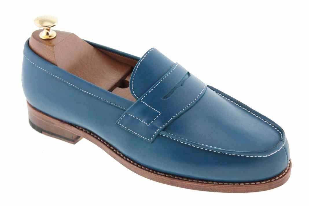 fe63eae4ef4 Épinglé par Center 51 sur The latest models Men s Shoes - Les dernières  nouveautés Chaussures Hommes - Center 51