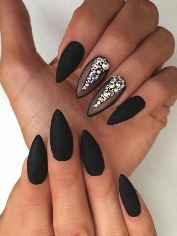 Best Black Stiletto Nails Designs For Your Halloween Nails Art