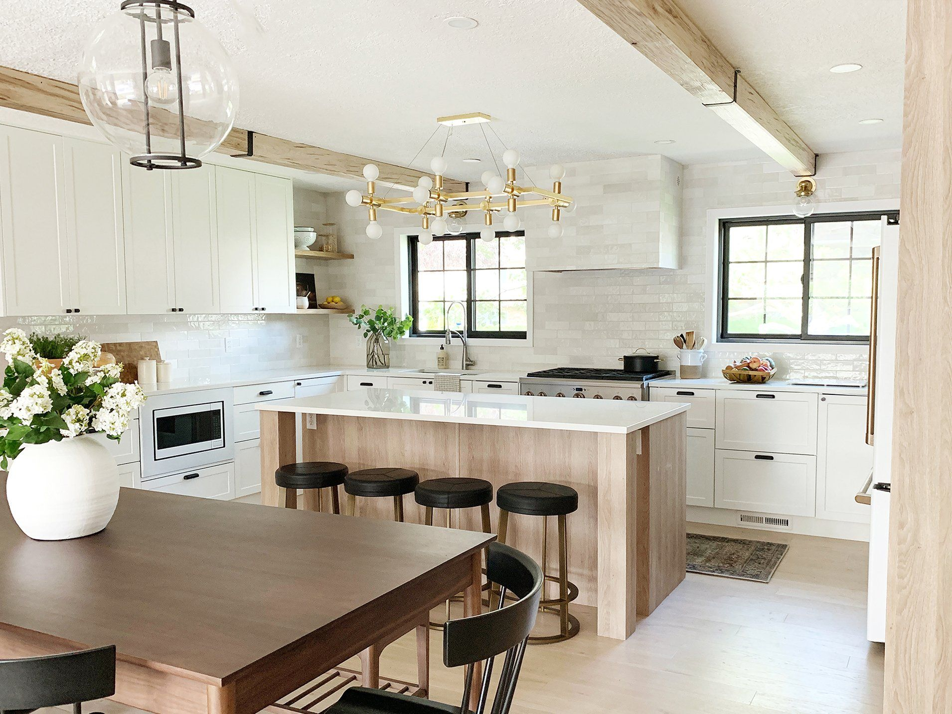 Beautiful And Functional Kitchen With Chris Loves Julia S Cove Shaker Zen Kitchen Chris Loves Julia Functional Kitchen