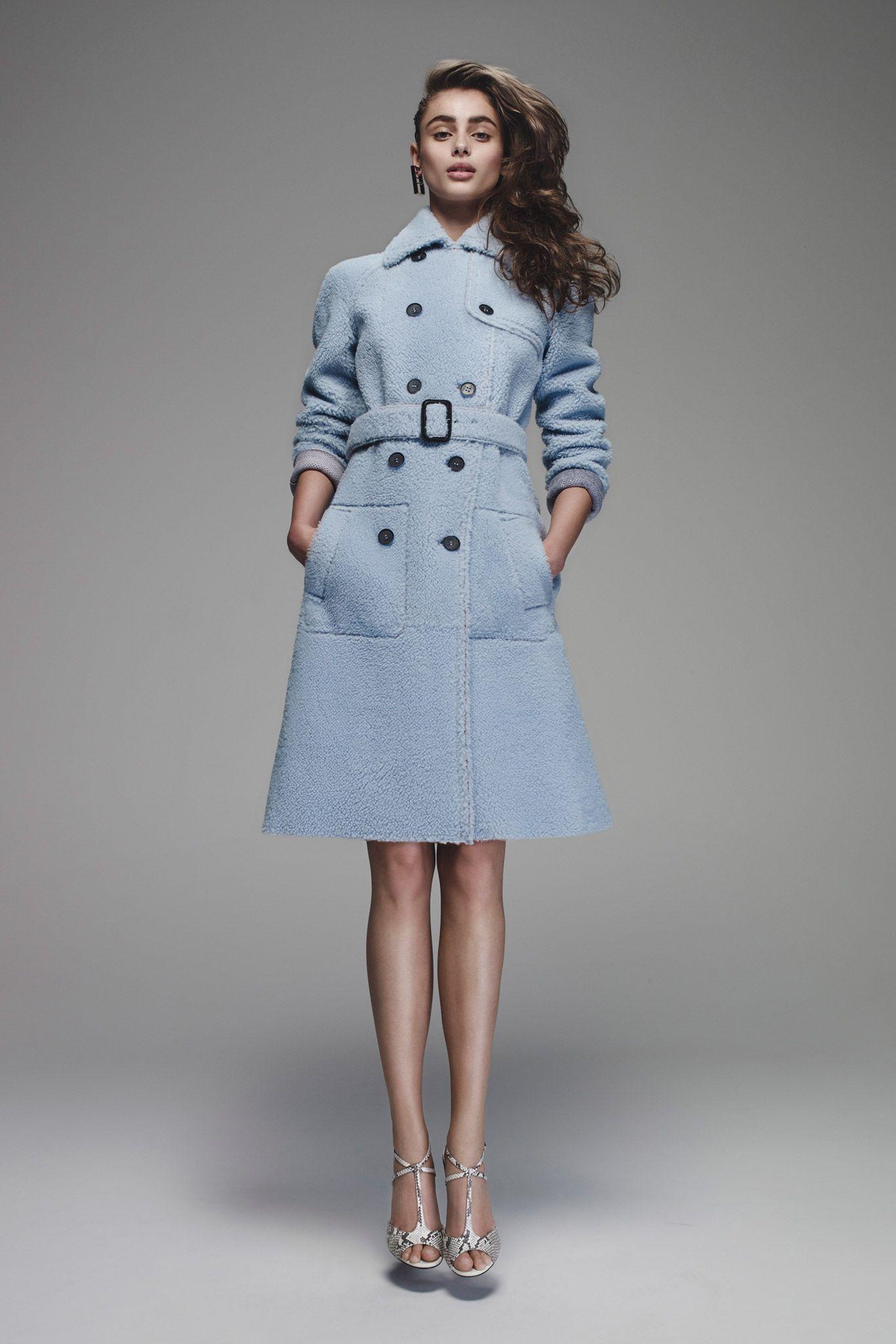 7c770f3c6b0b Fendi-Resort 2016 (look 16)   coat   Pinterest   Robe manteau ...
