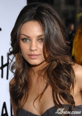 A lovely soft highlighted coloring effect on brunette