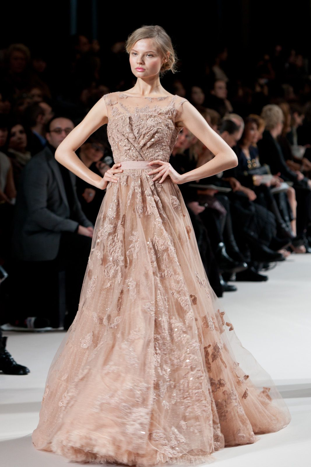 Elie saab loved by young hollywood starlets such as for Buy haute couture