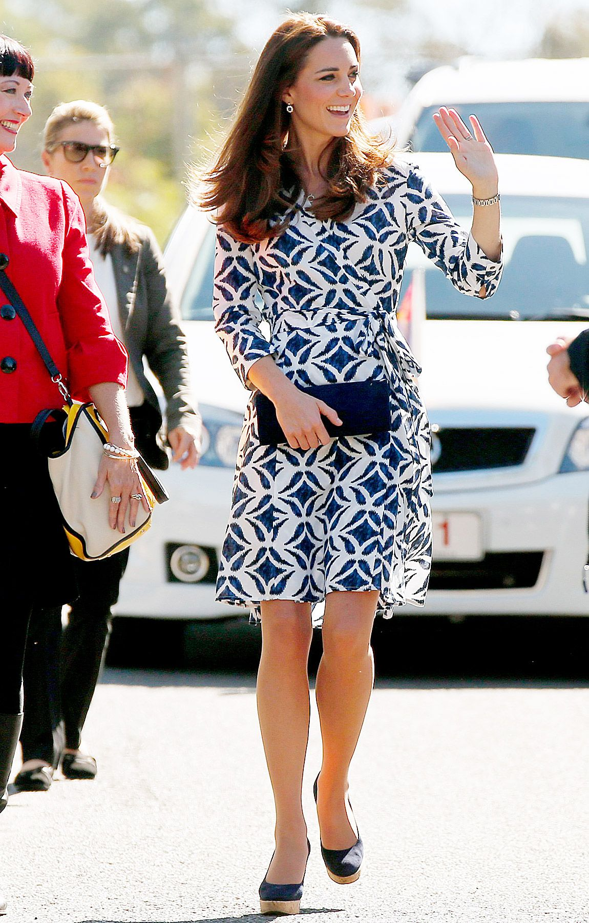 Kate middletons dvf wrap dress sells out get the look for less kate middletons dvf wrap dress sells out get the look for less ombrellifo Image collections
