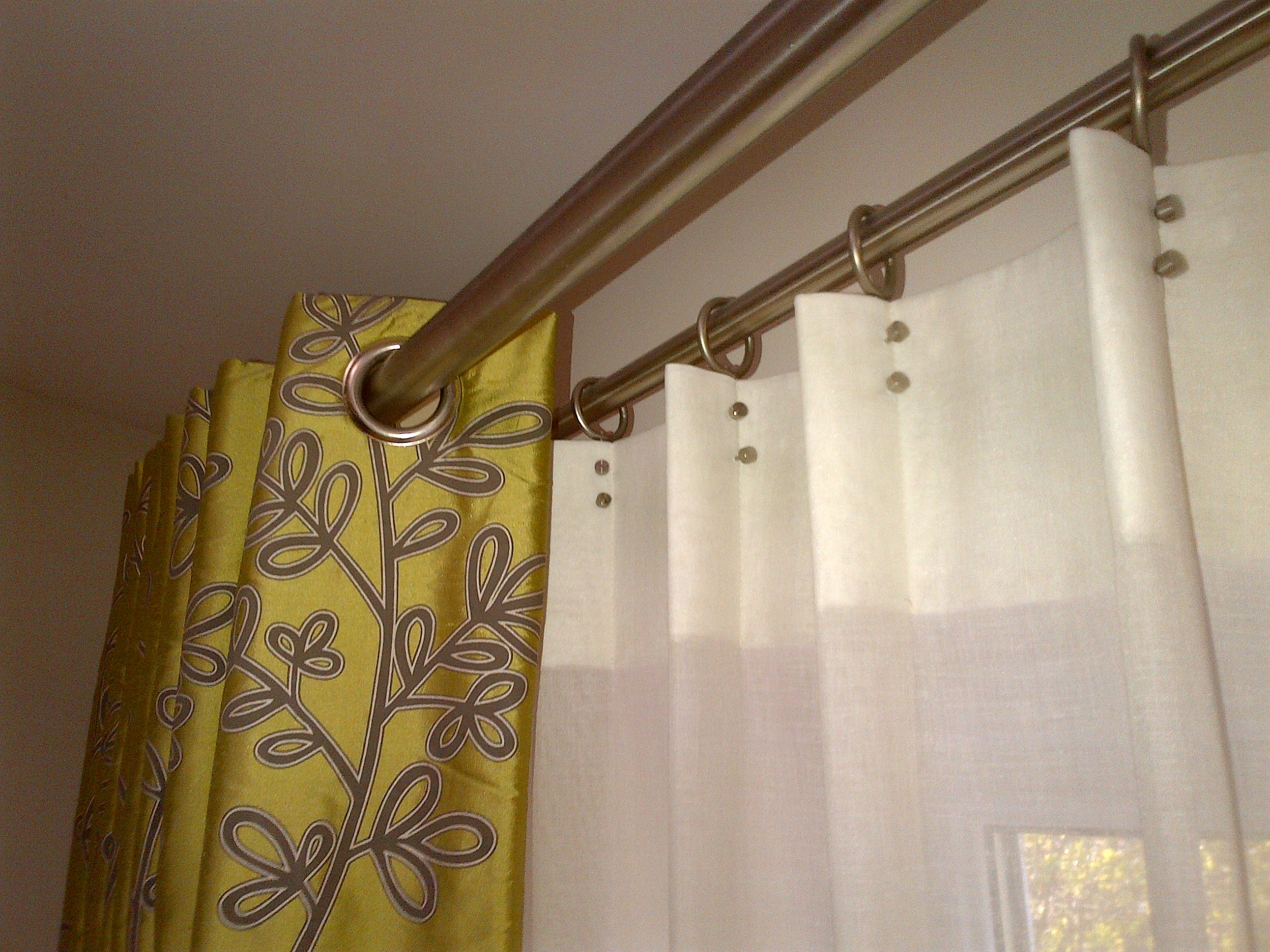 Eyelets And Walcot Rivet Heading Creating Wave Design Cortinas