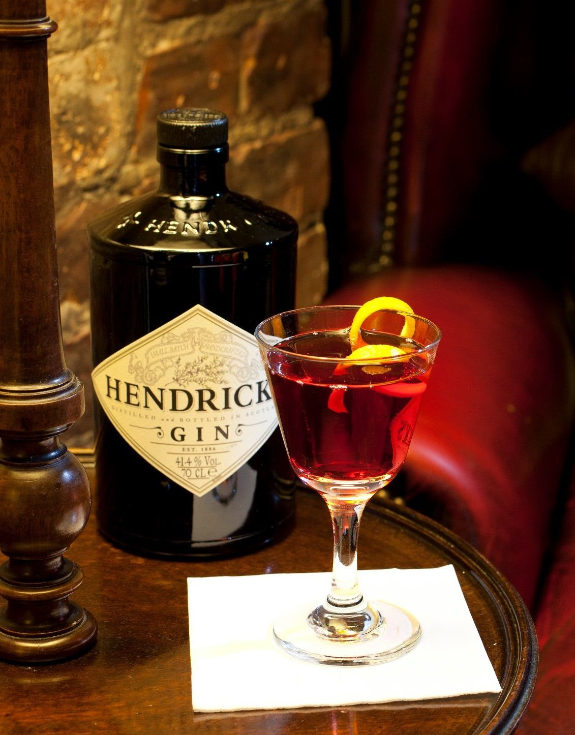 The Unusual Times Sloe Gin Mixing Glass Gin And Tonic