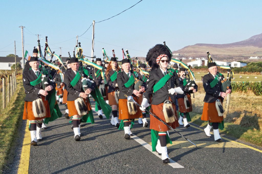 St. Patrick's Day Parade 2016 - Dooagh Pipe Band