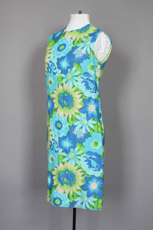 60s green dress  Dress s Mod Floral s Blue and Green Sleeveless Summer Day